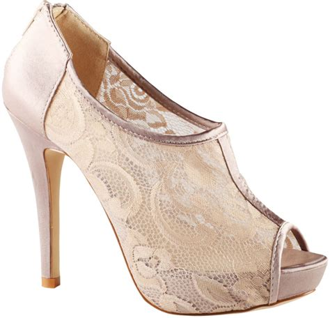 pretty high heel shoes pictures lace high heels 8 pretty high heel shoes to rock