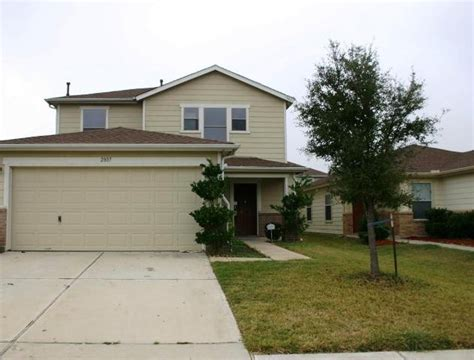 2807 piney lake court houston tx 77038 foreclosed home