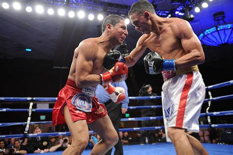 Update Perez My Nutrionist Would Like To Speak With You by Darley Perez Retains Wba Crown By Boxing