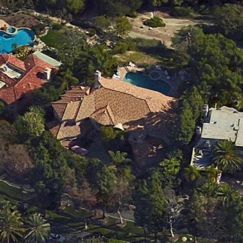 hton house paris hilton s house and net worth in los angeles ca