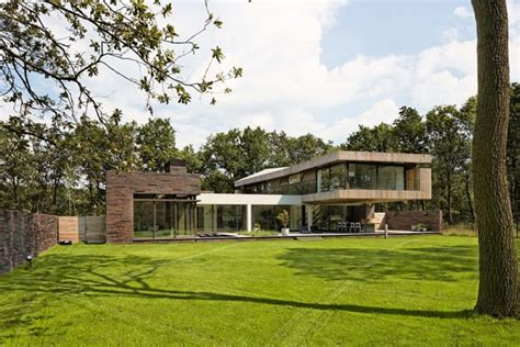 bsh home design nj house at the edge of a forest by hilberink bosch architects