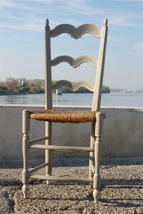 chaise paill 233 e proven 231 ale peinte 12 626