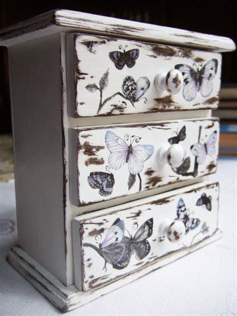 Diy Decoupage Dresser - best 25 decoupage furniture ideas on