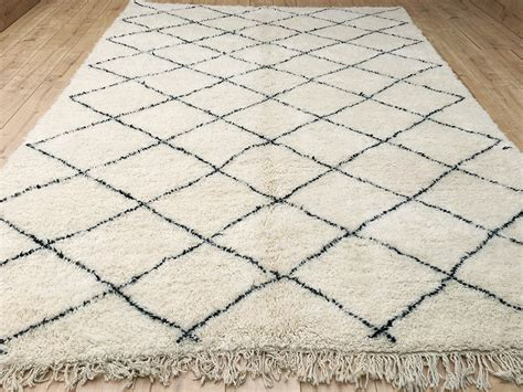 moroccan beni ourain rug east unique moroccan rug beni ourain berber rug 330x224cm lg b 082