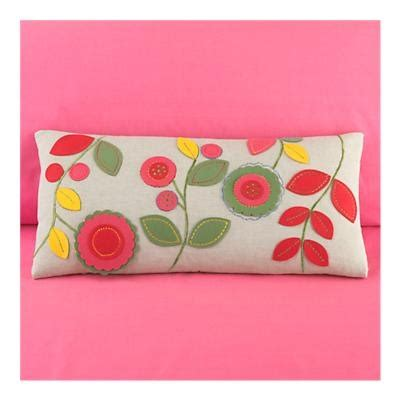 Bantal Fox 25 best ideas about felt pillow on felt