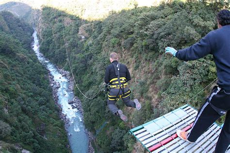 jump swing great bungee jumping places for thrill seekers the quest