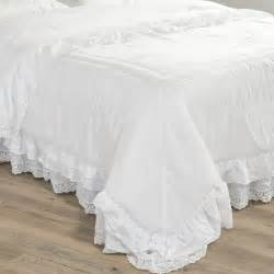 boutis en coton blanc 240 x 260 cm cl 201 mence maisons du monde