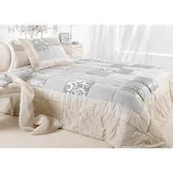 lits haut de gamme couvre lit et plaid boutis toscane patchwork gris et