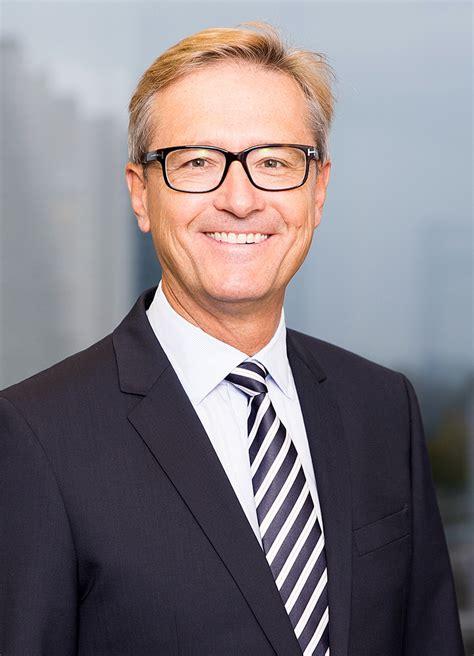 Mba Of Bern by Mitarbeiter V Fischer Investas Gruppe