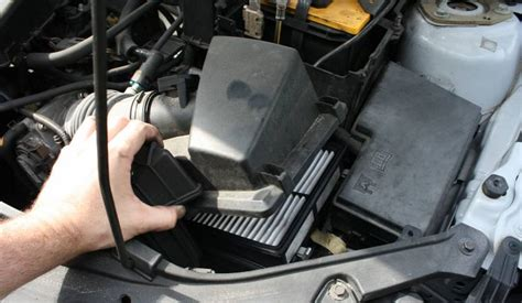 2007 mazda 3 cabin air filter replace the air filter on a mazda3 2 3