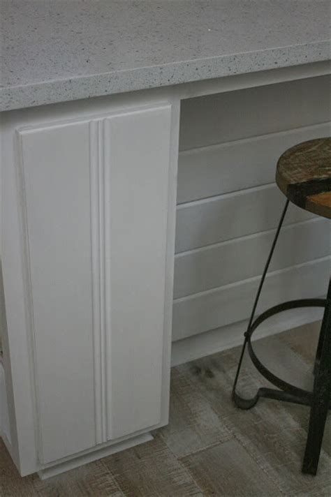 pure white chalk paint kitchen cabinets reloved pure white chalk paint 174 kitchen cabinets