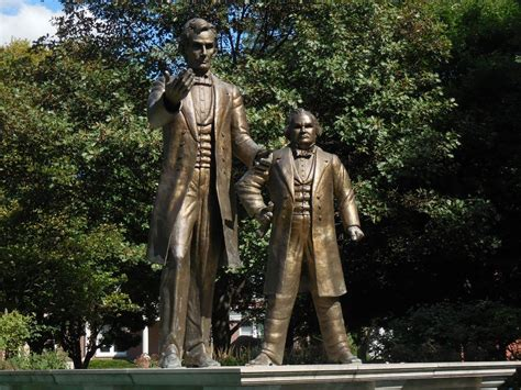 lincoln douglas debate abraham lincoln and stephen douglas statue and
