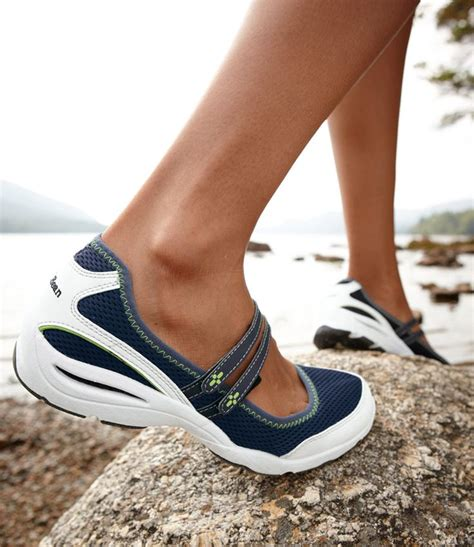 ll bean running shoes s vacationland sport janes active l l bean