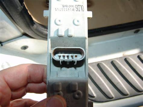 2002 oldsmobile bravada tail light sparky s answers 2002 oldsmobile bravada tail lights inop
