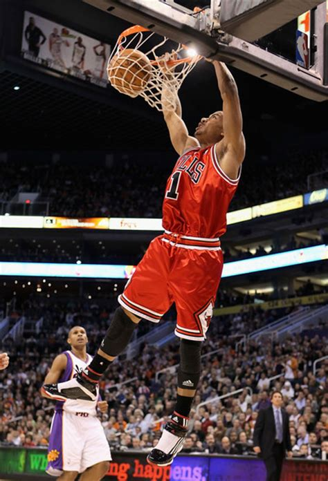 michael che phoenix derrick rose in chicago bulls v phoenix suns 4 of 4 zimbio