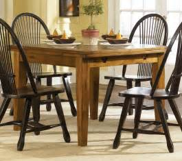 Oak Dining Room Set by Liberty Furniture Treasures 5 Piece 68x38 Dining Room Set