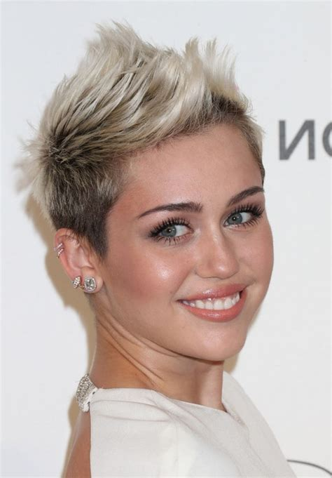 how to spike women s hair miley cyrus cool short spiked fauxhawk haircut for women