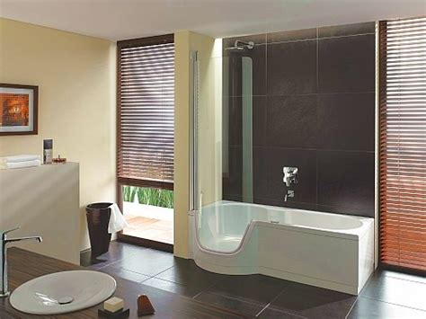 duschvorhangstange für badewanne badewannen abtrennung design