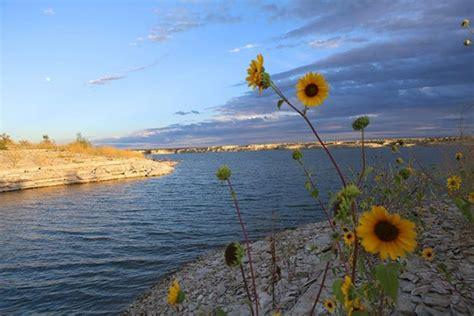 pueblo reservoir boating lake pueblo state park colorado