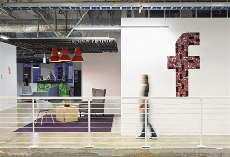 facebook offices inside facebook s menlo park headquarters office snapshots