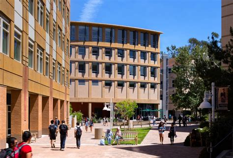 Of California Irvine Merage Mba by Back To Business School