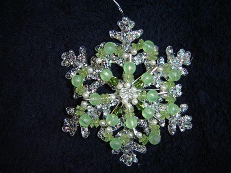 handmade safety pin ornament christmas craft ideas