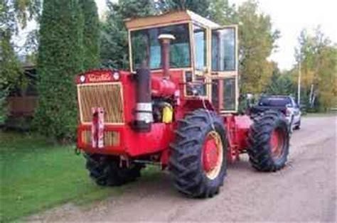 used farm tractors for sale: versatile 125 (2005 10 25