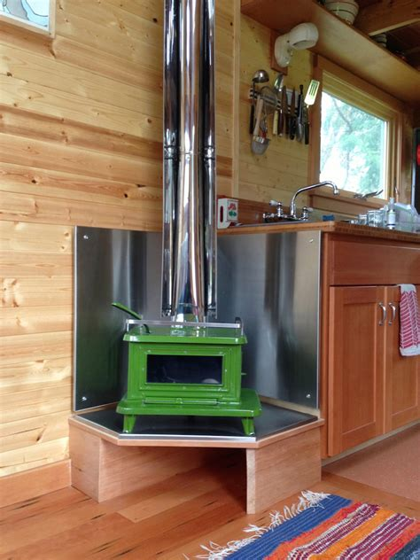 Tiny House With Fireplace by Jenn S Tiny House Tiny House Swoon