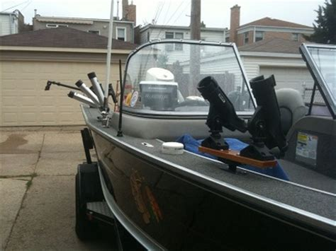 lund boats vs tracker chicago fishing reports chicago fishing forums view