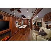 Lifestyle Luxury RV Introduces Front Bath Model For 2015 – Vogel