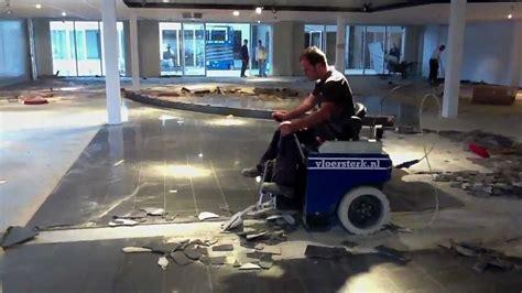 tegels uitbreken vloersterk tegelvloer van natuursteen verwijderen youtube