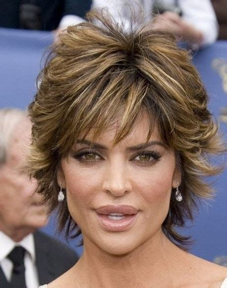 what is the texture of lisa rinna hair lisa rinna hairstyle hairstyles pinterest retro hair