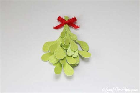 How To Make Mistletoe Out Of Paper - how to make mistletoe out of paper 28 images paper