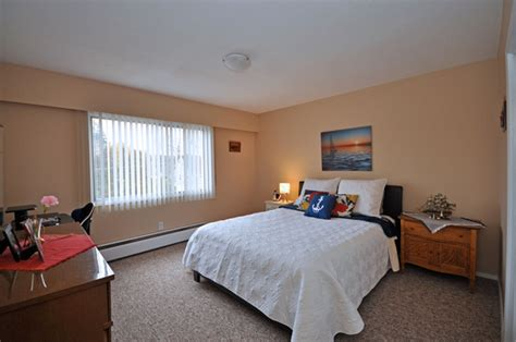 1 Bedroom Apartment Kelowna by Peachland Apartments And Houses For Rent Peachland Rental