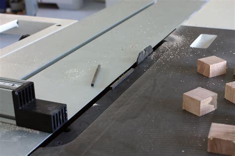 une table basse bois et verre page 2