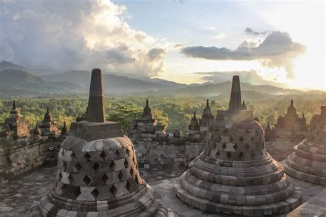 places    yogyakarta indonesia   travel girls