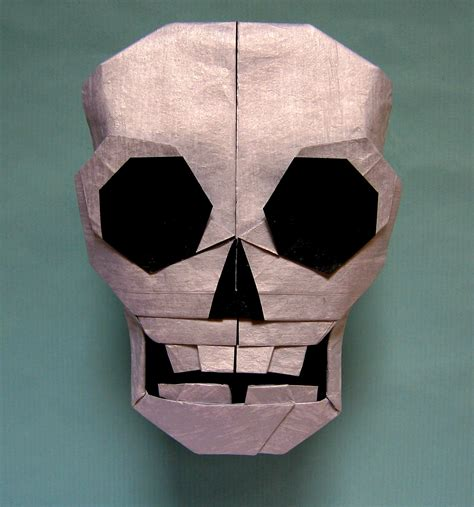 Origami Skull - 21 more spooky origami models for