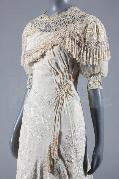 hochzeitskleid jugendstil wedding dress c 1910 cantonese embroidered silk the