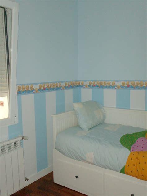 cenefas de papel para paredes decoracion infantil pintura a rayas dos colores y lisa
