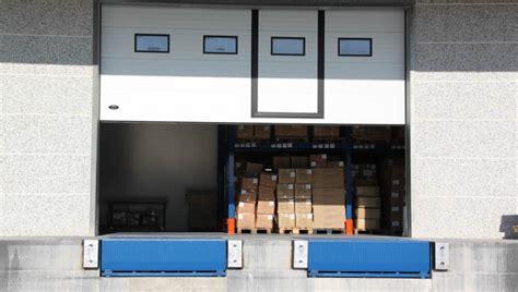 pedane di carico punti banchine e baie di carico e scarico armo
