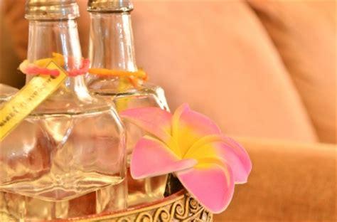 Minyak Esensial minyak esensial untuk mengatasi jerawat nitachristin