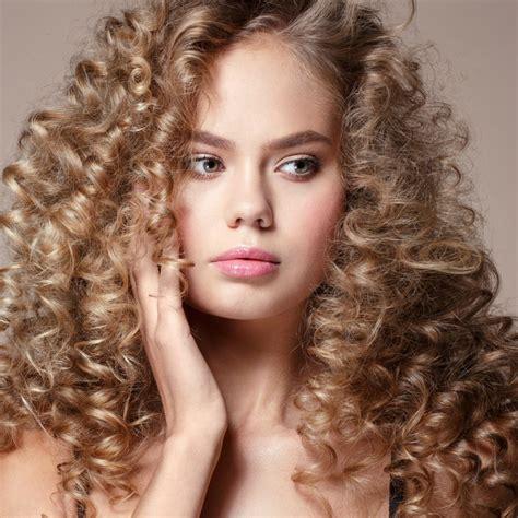Coupe Cheveux Raides by Comment Boucler Des Cheveux Raides Magazine Avantages