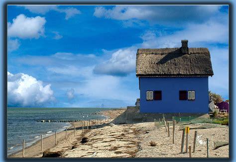 haus ostsee das blaue haus an der ostsee foto bild deutschland
