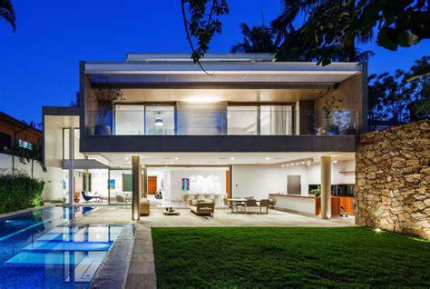 glass and concrete house concrete and glass house interiorzine