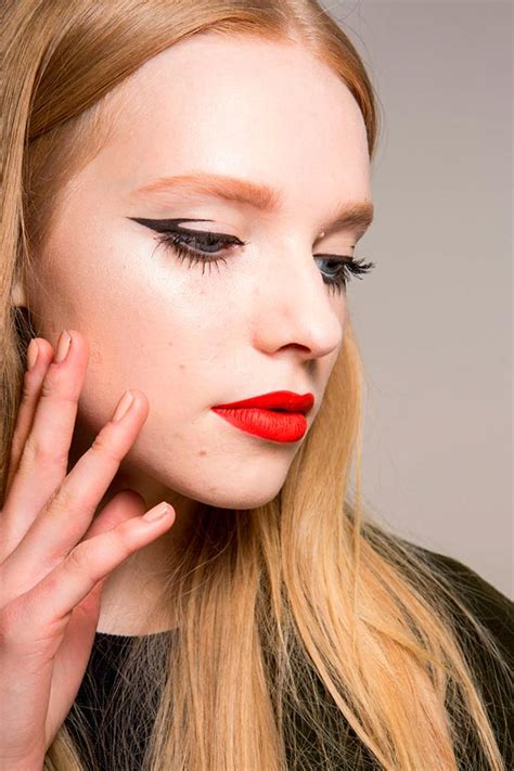 Lipstick To Open Up Fashion Week by Best Makeup Looks From Milan Fashion Week Fall 2015