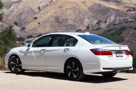 Honda Accord Hybrid 2013 by 301 Moved Permanently