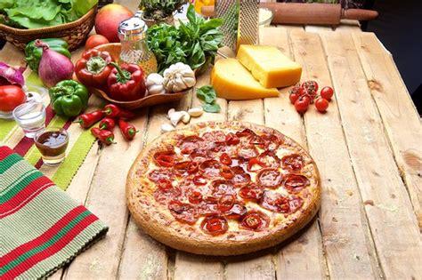domino pizza nairobi domino s pizza nairobi fotos n 250 mero de tel 233 fono y