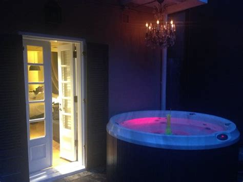 the bathtub new orleans one of the two hot tub suites in the hotel picture of w