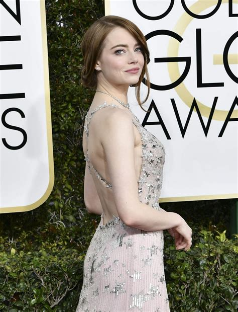 emma stone golden globes 2017 emma stone at 74th annual golden globe awards in beverly