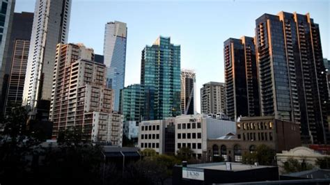 skyline appartments why is melbourne growing faster than sydney